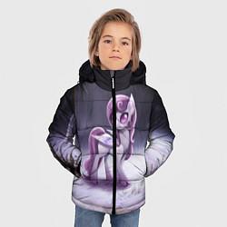 Детская зимняя куртка для мальчика с принтом Violet Pony, цвет: 3D-черный, артикул: 10146367906063 — фото 2