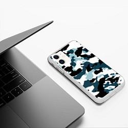 Чехол iPhone 11 матовый Камуфляж зимний: пятна цвета 3D-белый — фото 2