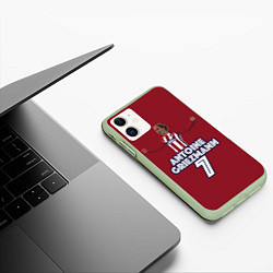 Чехол iPhone 11 матовый Antoine Griezmann 7 цвета 3D-салатовый — фото 2