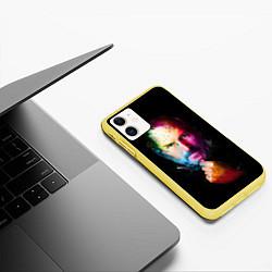 Чехол iPhone 11 матовый Стив Джобс цвета 3D-желтый — фото 2