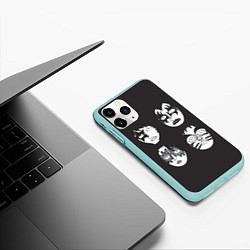 Чехол iPhone 11 Pro матовый KISS Mask цвета 3D-мятный — фото 2