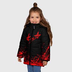 Куртка зимняя для девочки АлисА на спине цвета 3D-черный — фото 2