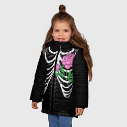 Куртка зимняя для девочки Цветок в груди цвета 3D-черный — фото 2