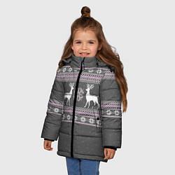 Куртка зимняя для девочки Узор с оленями цвета 3D-черный — фото 2
