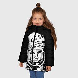 Детская зимняя куртка для девочки с принтом Гагарин, цвет: 3D-черный, артикул: 10091681306065 — фото 2