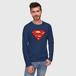 Лонгслив хлопковый мужской Superman logo цвета тёмно-синий — фото 2