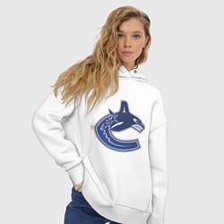 Толстовка оверсайз женская Vancouver Canucks цвета белый — фото 2