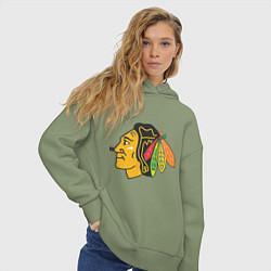 Толстовка оверсайз женская Chicago Blackhawks: Kane цвета авокадо — фото 2