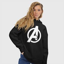 Толстовка оверсайз женская Avengers Symbol цвета черный — фото 2