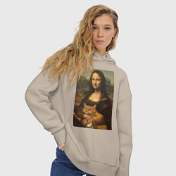Толстовка оверсайз женская Моно Лиза с котом цвета миндальный — фото 2