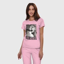 Пижама хлопковая женская Кобейн поет цвета светло-розовый — фото 2