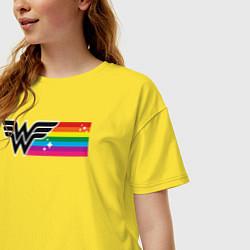 Футболка оверсайз женская Wonder Woman Rainbow Logo цвета желтый — фото 2